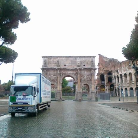Traslochi Internazionali Roma - Noleggio Autoscale per Traslochi ed Edilizia Roma